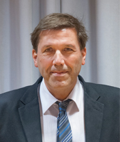 Dr. Thorsten Heyer